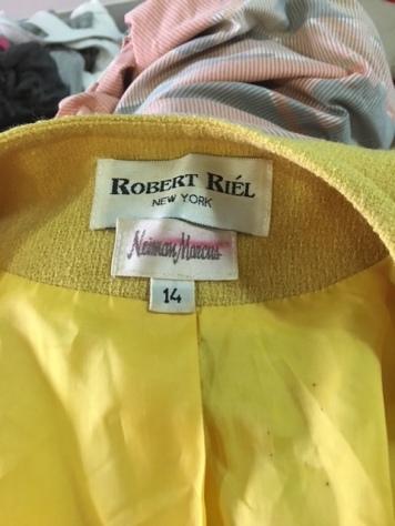 Robert Riel label