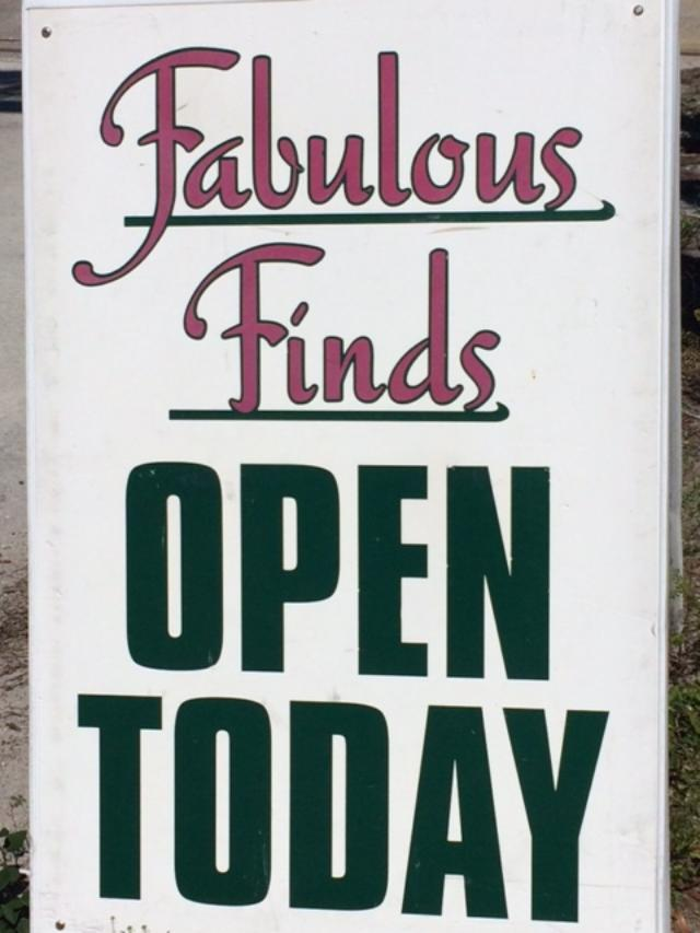 FabFinds sign